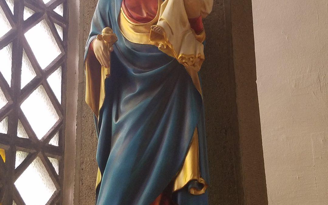 La paroisse honore le «mois de Marie»